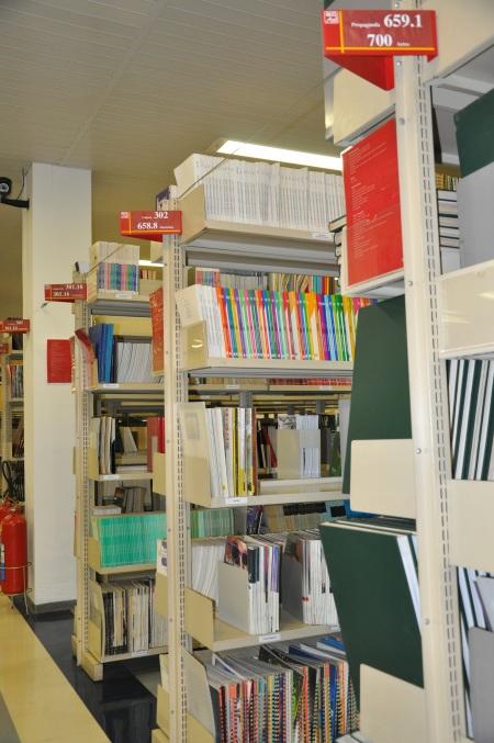 Acervo de periódicos da Biblioteca da ECA