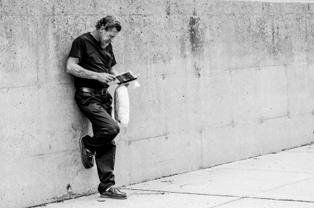 Bart Heird: Reader (Flickr).